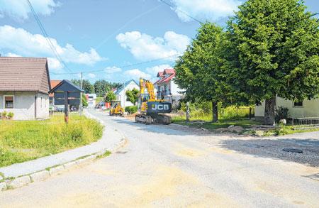 Počeli radovi na sanaciji glavne ceste u Mrkoplju
